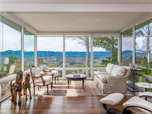Luxury real estate Truly Jaw-Dropping Views in Asheville