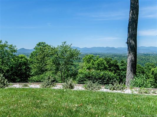Truly Jaw-Dropping Views in Asheville luxury properties