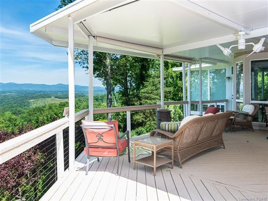 Mansions Truly Jaw-Dropping Views in Asheville