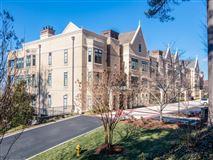 Luxury properties THREE bedroom unit boasts long range mountain views