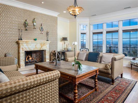 THREE bedroom unit boasts long range mountain views luxury real estate
