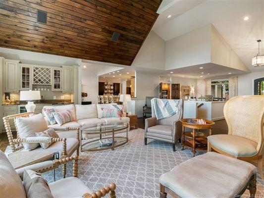 Luxury properties custom built mountain home
