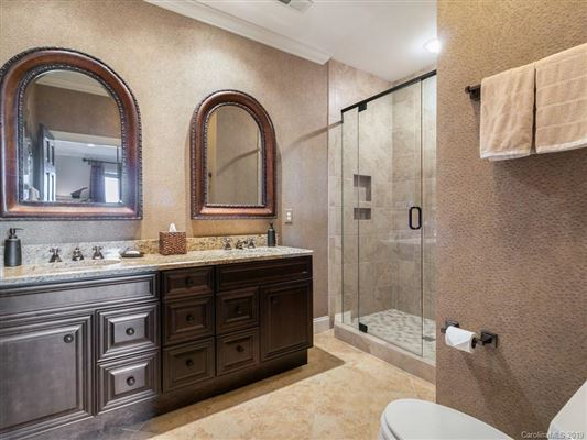 Luxury real estate custom built mountain home