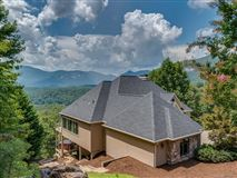 Luxury properties PHENOMENAL Lake and Mountain Views