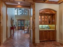 Luxury homes in privacy on 95-plus pastoral acres