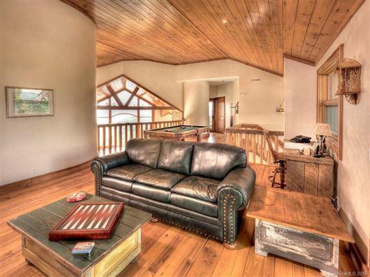 Luxury properties Unlimited views - 1033 Shiloh Overlook
