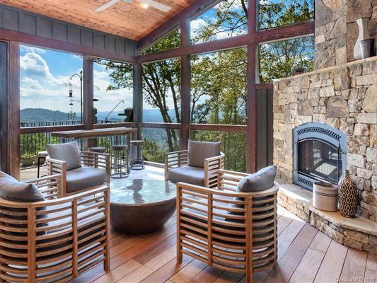 A true mountain sanctuary mansions