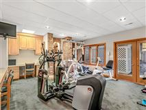 Mansions custom built golf course home