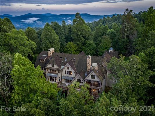 privately situated mountain retreat luxury homes