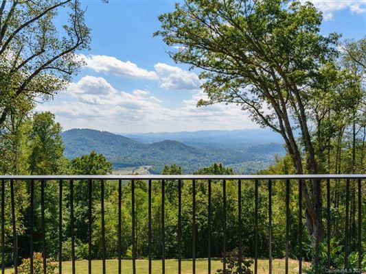 true mountain sanctuary mansions