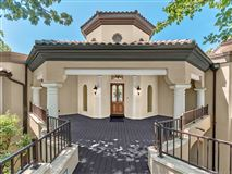 Luxury real estate One of Columbuss most iconic homes