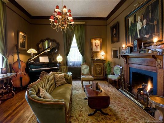 Luxury homes The Reynolds Mansion