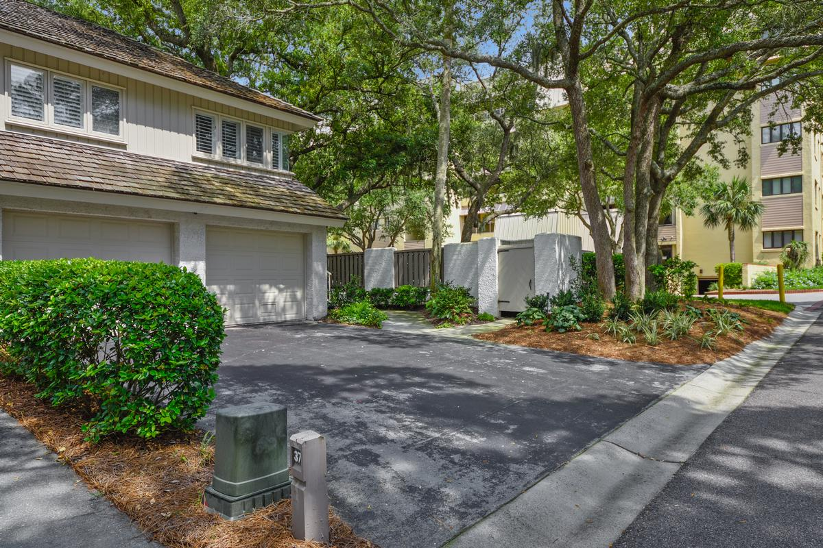 Best Second Row Turtle Lane Club Townhome luxury homes