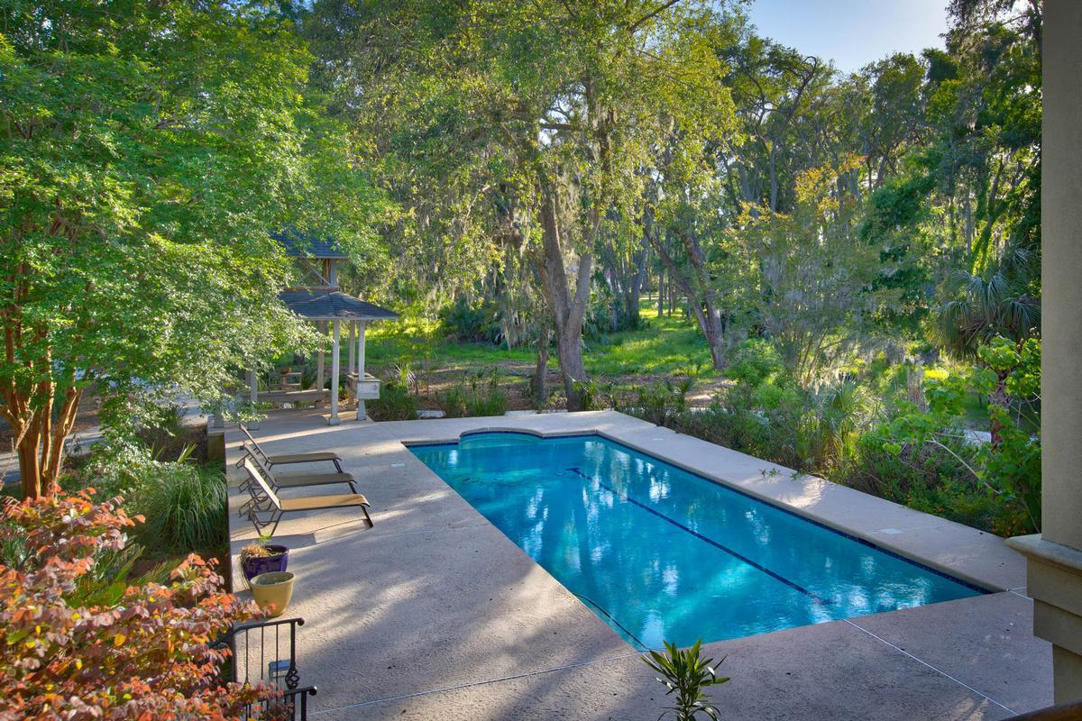 Luxury homes Panoramic Ocean and Golf Views