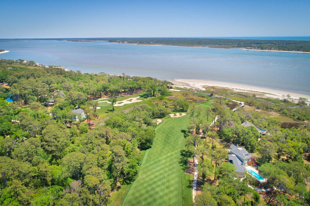 Panoramic Ocean and Golf Views mansions