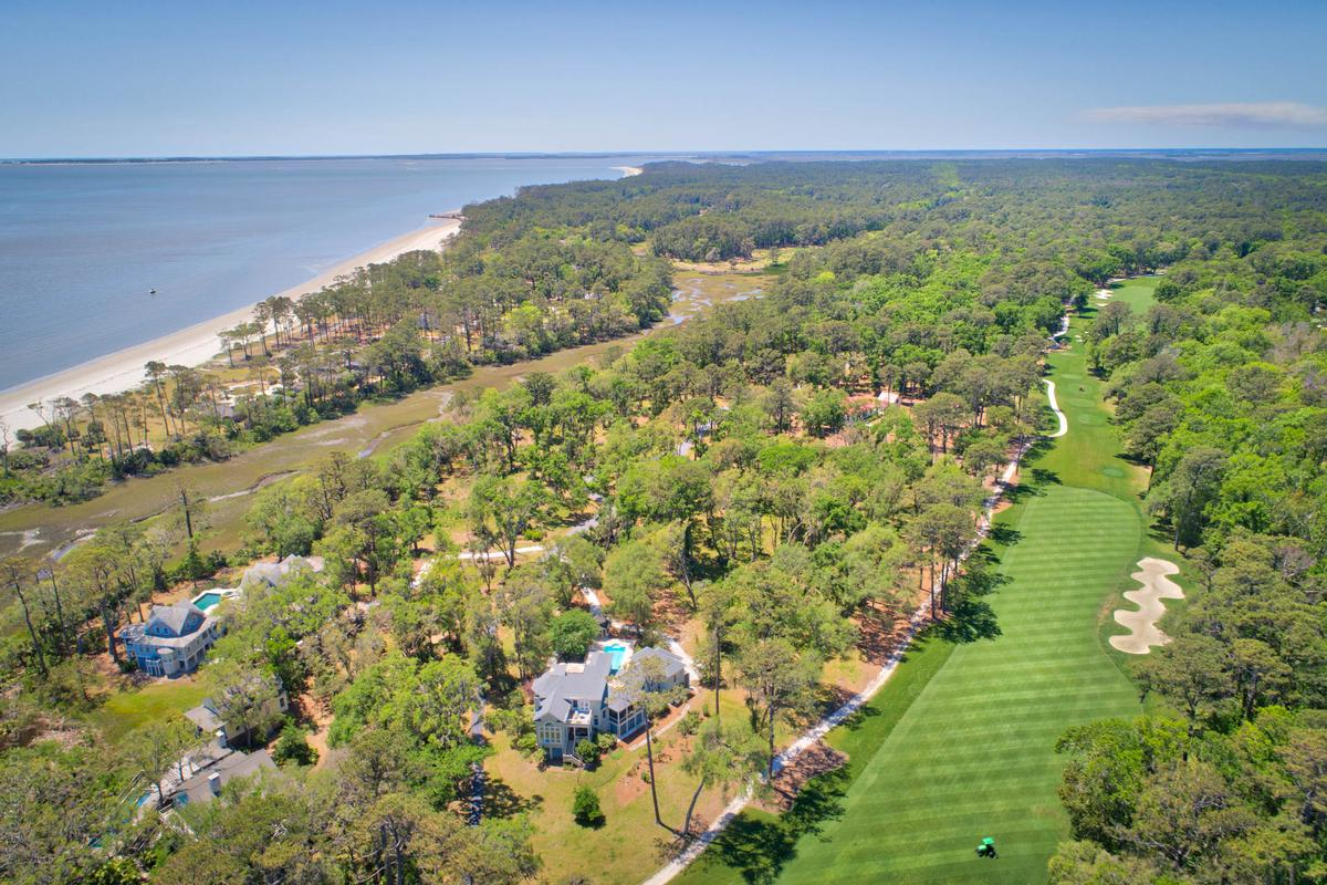 Luxury homes in Panoramic Ocean and Golf Views