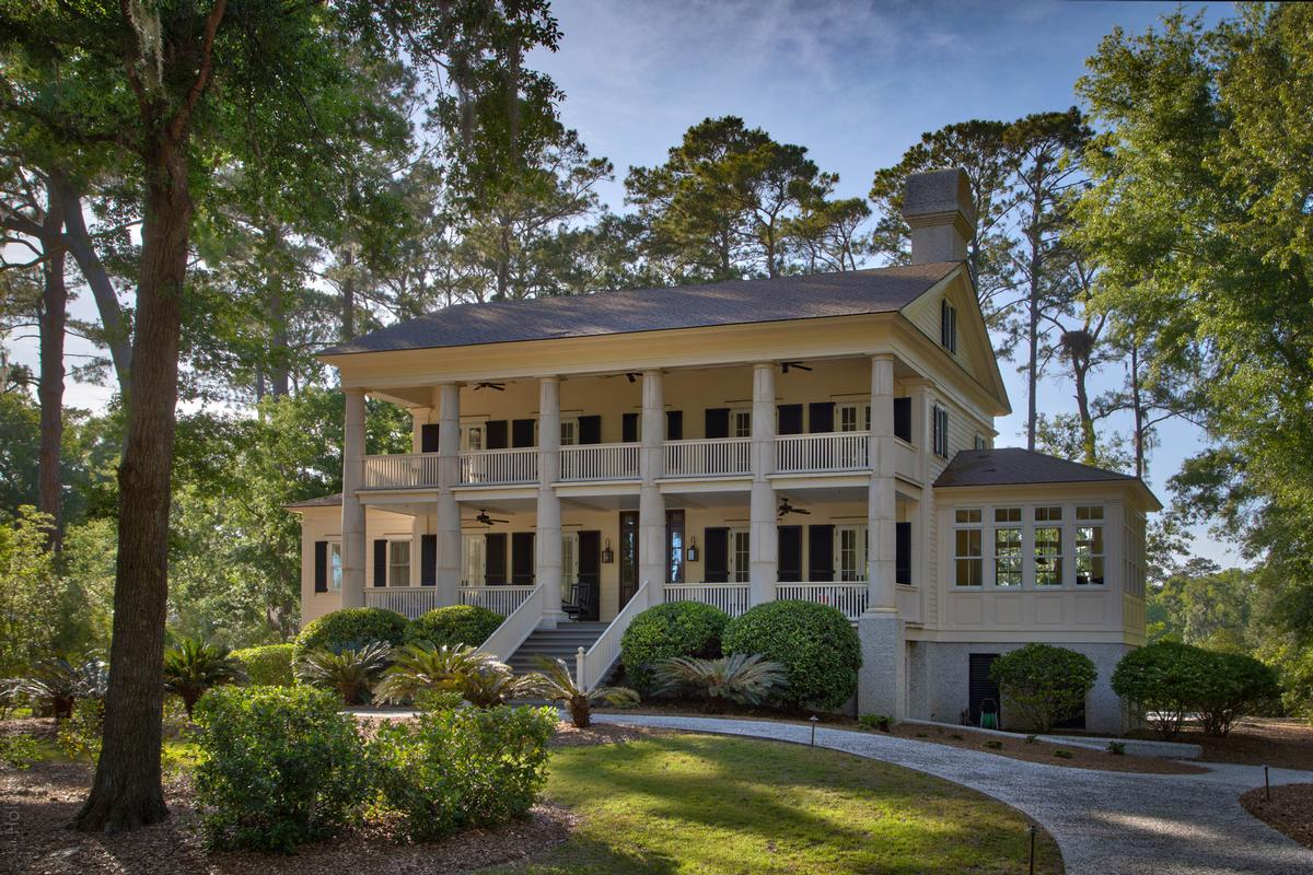 Luxury homes Gorgeous Antebellum Style Haig Point Home