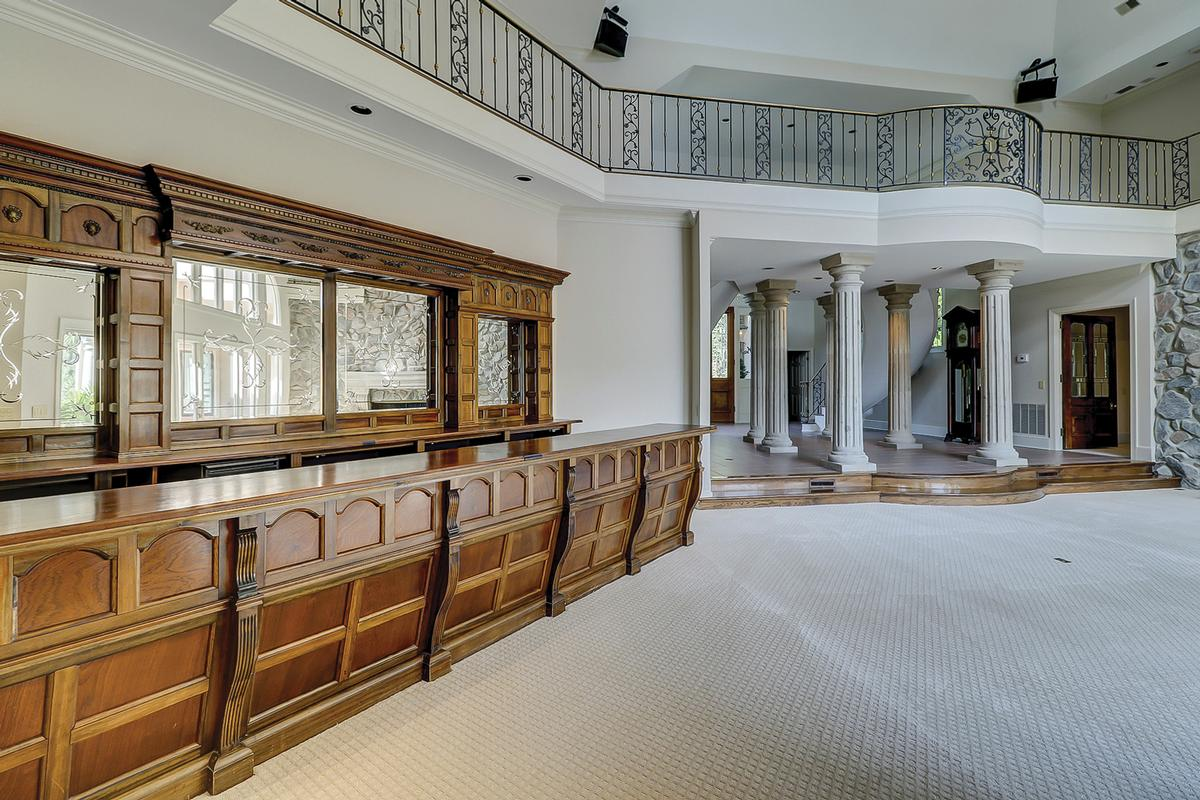 Luxury properties Amazing custom home like no other in Wexford