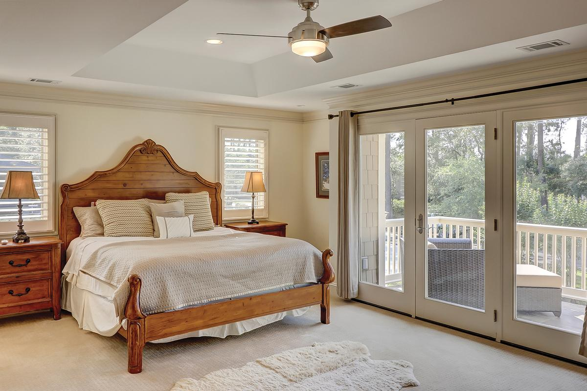 Luxury homes Beautiful Renovation in the Heart of Sea Pines