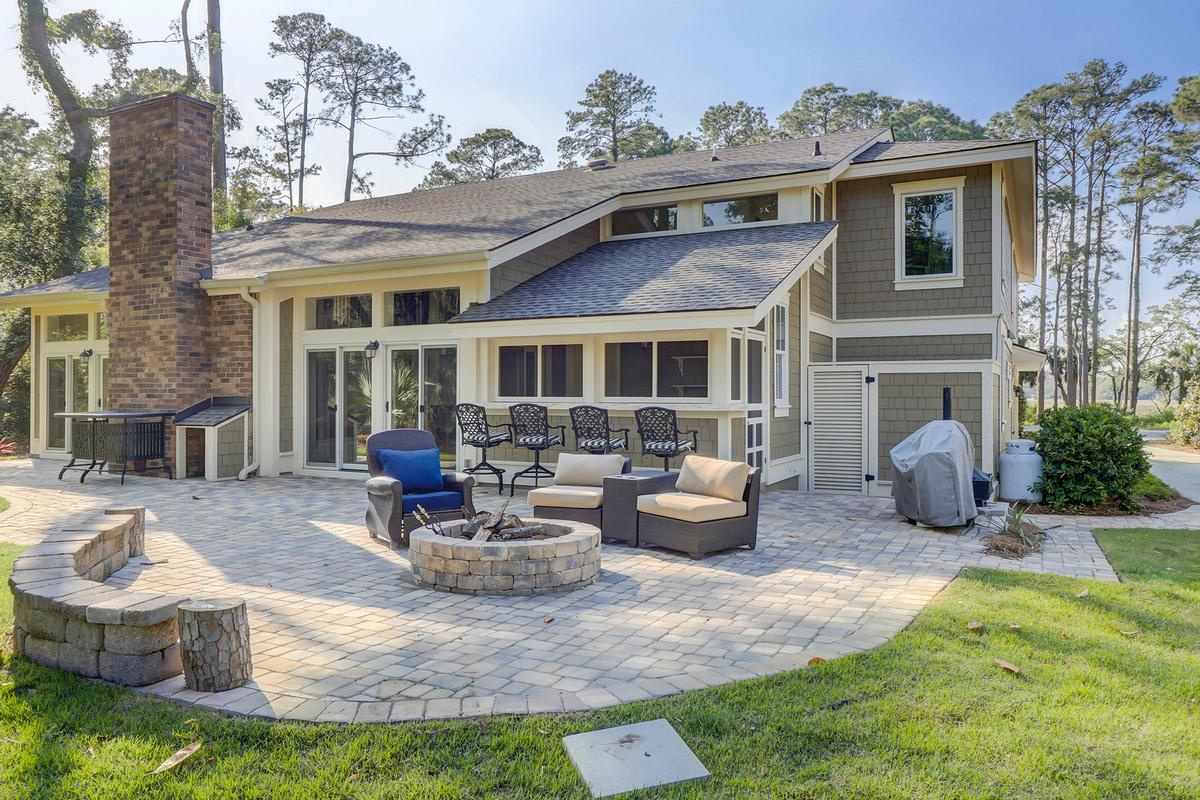Mansions Beautiful Renovation in the Heart of Sea Pines