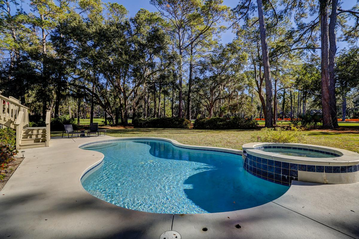 PERFECT SPOT FOR FAMILY VACATION ON HILTON HEAD luxury real estate