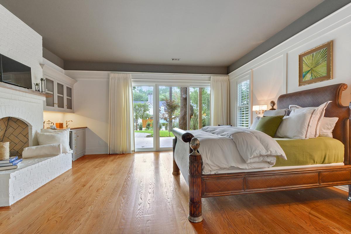 Master Craftsmanship Amid Gorgeous Live Oaks luxury homes