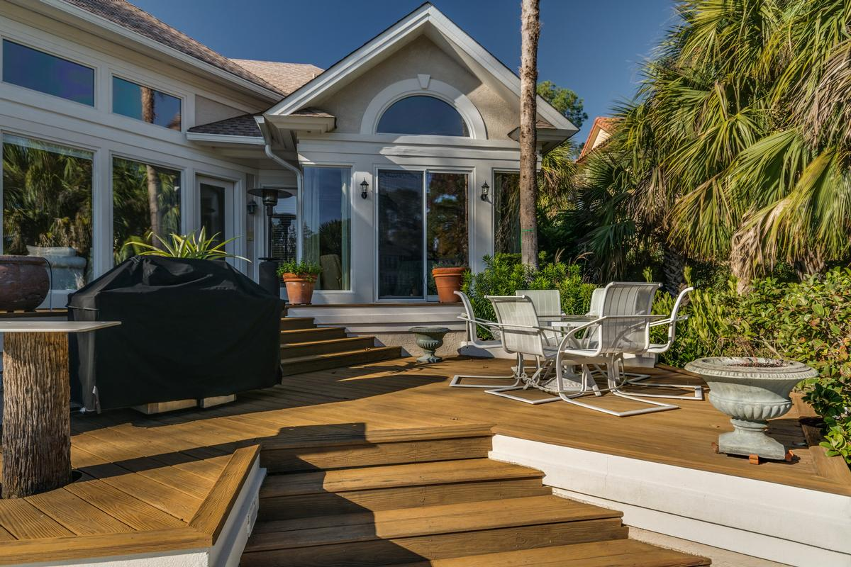 Exceptional Waterfront Property in Exclusive Wexford Plantation luxury homes