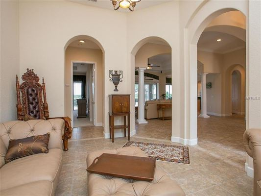 Luxury homes Waterlefe Golf and River Club home