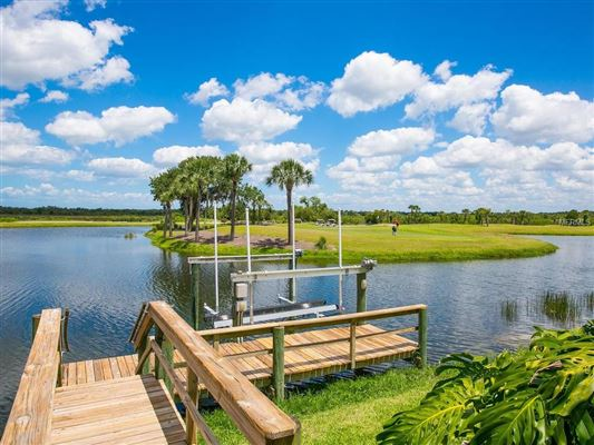 Luxury properties Waterlefe Golf and River Club home