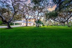 Luxury properties breathtaking property on the Manatee River
