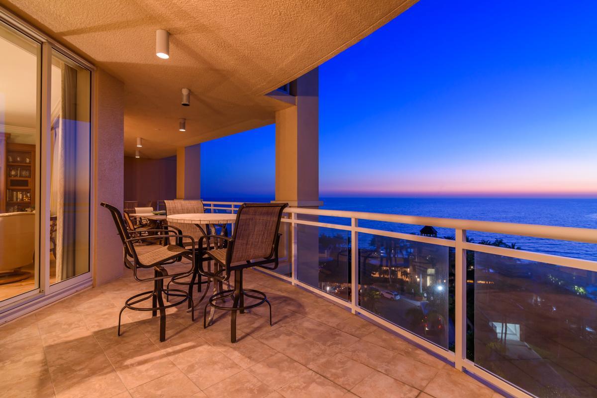 Ritz-Carlton Gulf of Mexico Beachfront Luxury luxury properties