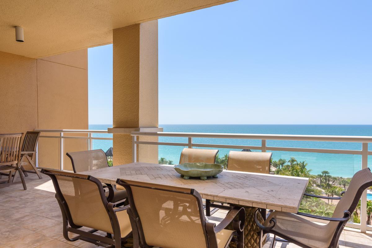 Mansions in Ritz-Carlton Gulf of Mexico Beachfront Luxury