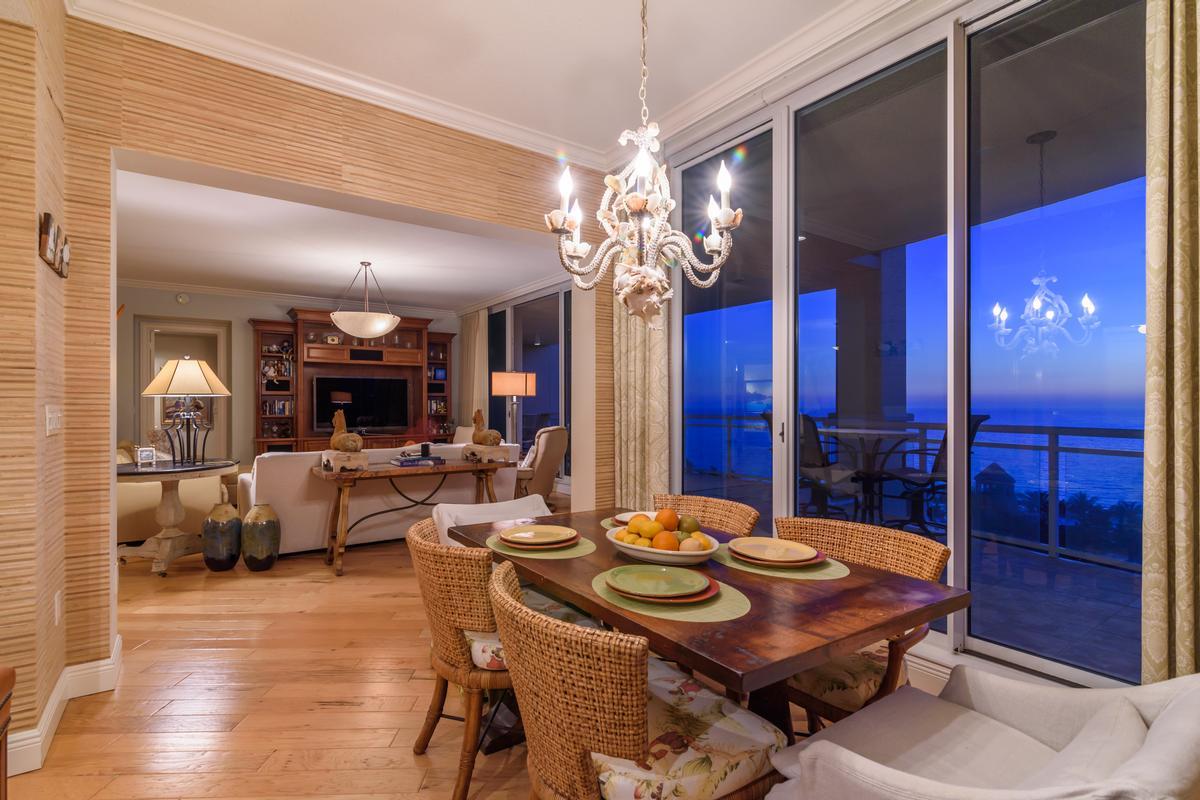 Luxury properties Ritz-Carlton Gulf of Mexico Beachfront Luxury