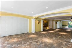 Luxury properties sophisticated home in the oaks