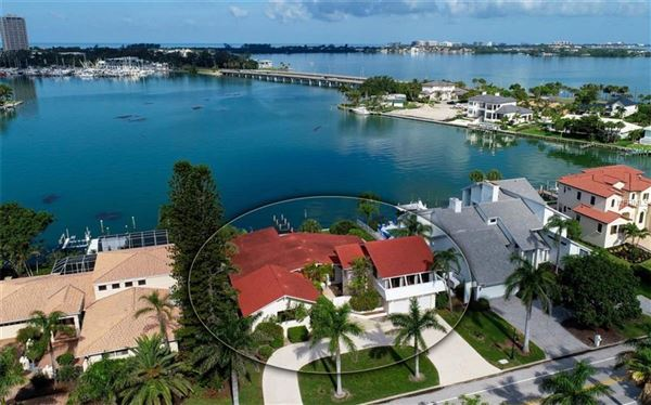 Perfectly poised on desirable Bird Key luxury homes
