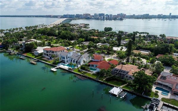 Luxury properties Perfectly poised on desirable Bird Key