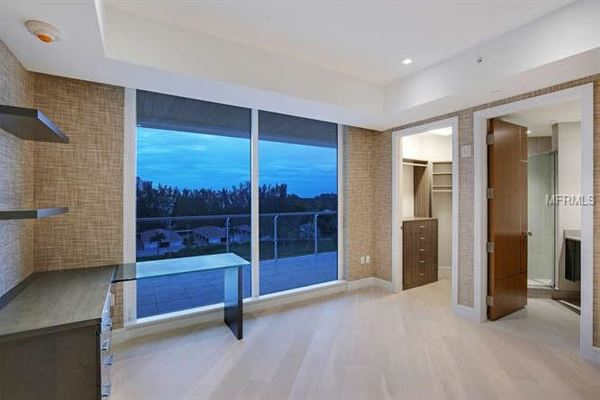 Luxury properties gulf-front corner penthouse at aria