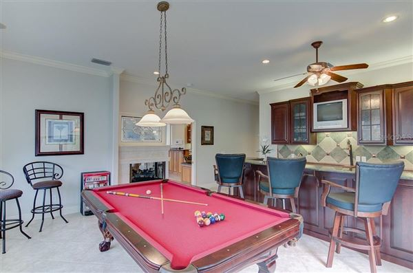 Live the Florida Dream mansions