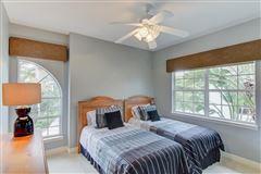 Live the Florida Dream luxury homes