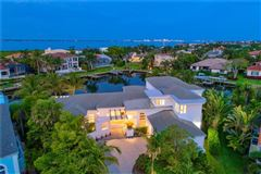 Mansions in extraordinary custom home in Bay Isles on Longboat Key