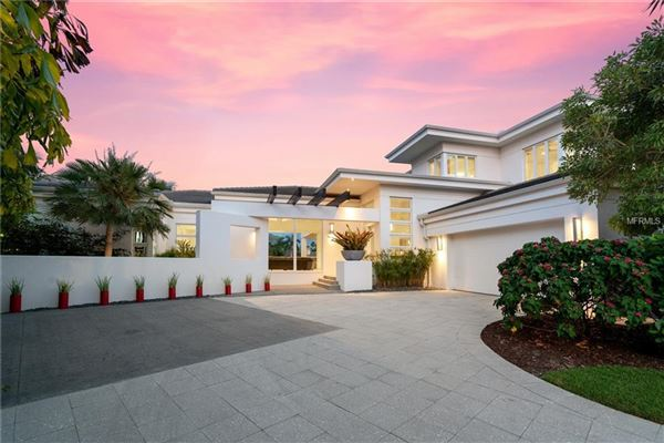 extraordinary custom home in Bay Isles on Longboat Key luxury homes