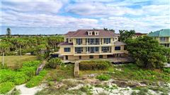 Luxury homes in new quintessential island estate