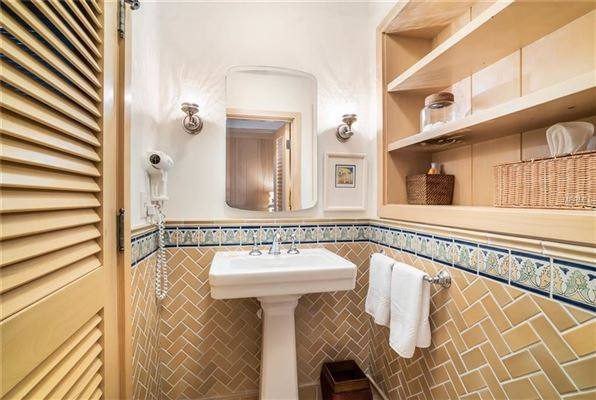 Mansions in  five-bedroom waterfront estate in boca grande In Florida
