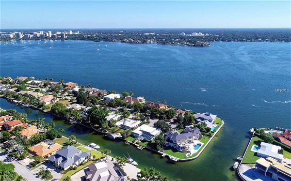 Luxury properties a truly beautiful home right on the waterway