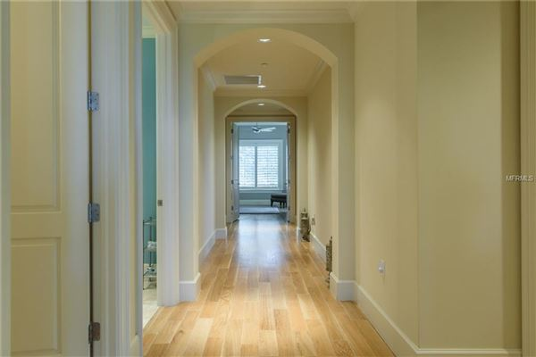 Mansions exclusivity at Positano