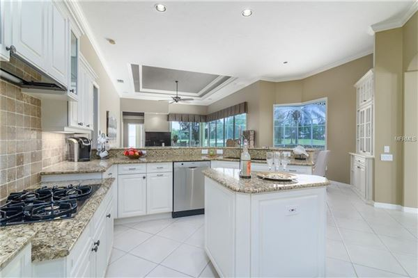 Luxury properties stately and serene home in Warwick Gardens