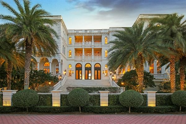 SERENISSIMA IN LONGBOAT KEY | Florida Luxury Homes | Mansions For Sale |  Luxury Portfolio
