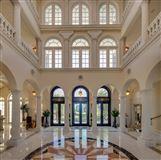 Luxury properties Serenissima in Longboat Key