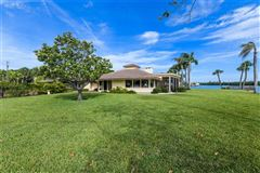 Luxury real estate breathtaking property on lido key