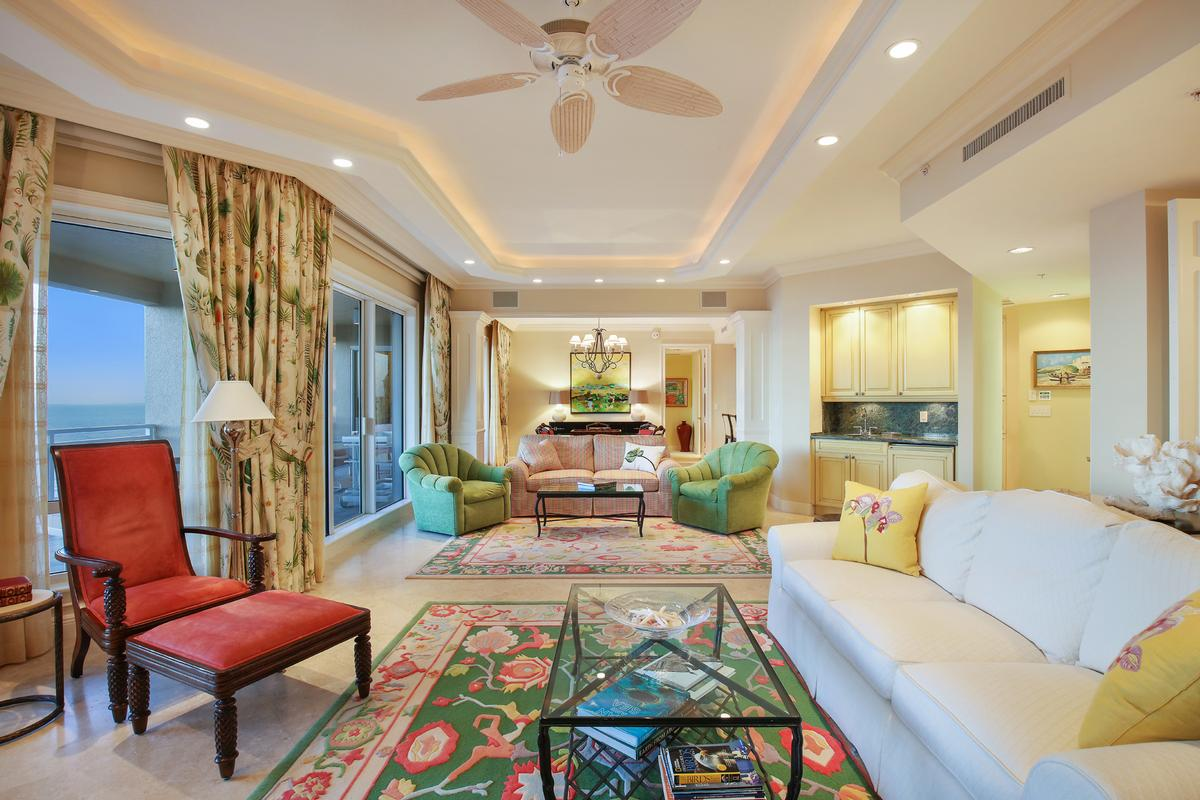 Luxury real estate Privacy, luxury and unmatched service